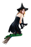 Летание ведьмы хеллоуина Стоковые Фотографии RF