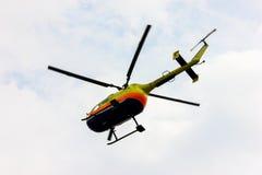 Летание военновоздушной силы тяпки воздуха выставки вертолета мухы Стоковые Изображения RF