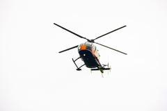 Летание военновоздушной силы тяпки воздуха выставки вертолета мухы Стоковая Фотография