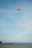 Летание змея пляжа Стоковые Изображения RF