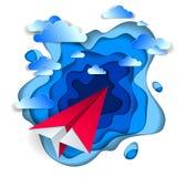 Летание игрушки бумаги Origami плоское в небе с красивыми облаками, идеальной иллюстрации вектора сценарного cloudscape с двигате бесплатная иллюстрация