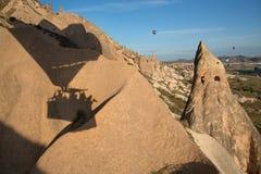 Летание использующего горячего воздух воздушного шара в Cappadocia Стоковые Изображения