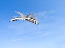 летание книги Стоковые Изображения
