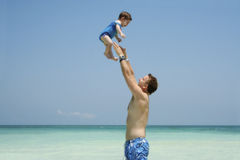 летание младенца счастливое Стоковое фото RF