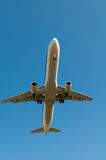 летание самолета Стоковое Изображение