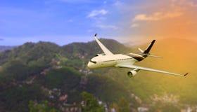 Летание самолета в воздухе Самолет пассажира в облаках стоковое изображение