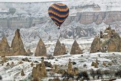 летание cappadocia ballons воздуха горячее Стоковые Изображения RF