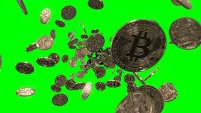 Летать через Bitcoins на зеленом цвете