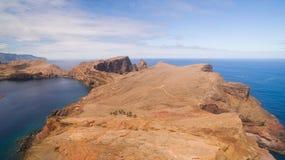 Летающ над полуостровом Lourenco Sao, Мадейра, вид с воздуха Стоковые Фотографии RF