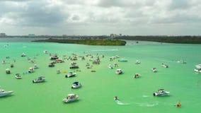 Летнее время в Miami Beach Воздушная видео- съемка с трутнем Парк Haulover видеоматериал