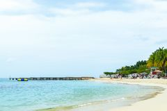 Летние каникулы идилличного тропического острова карибские стоковые фото