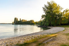 Летний день озером Стоковая Фотография