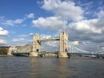 Лето Англия Темза моста Лондона Стоковое Фото