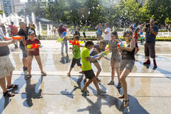 Лето боя водяного пистолета Стоковое Фото