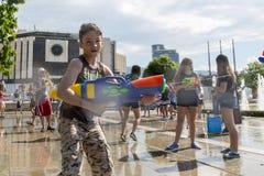 Лето боя водяного пистолета Стоковые Фотографии RF