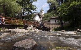 Лето Болгарии монастыря Dryanovo стоковое изображение