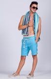 Лето молодого человека стоковое изображение rf