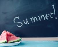 Лето написанное на классн классном Стоковые Фото