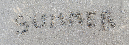 Лето надписи от cockleshells Стоковое Изображение RF