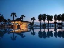 лето ночи пляжа штанги Стоковое Изображение RF