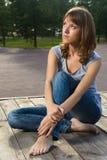 лето парка девушки подростковое Стоковая Фотография RF