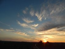 Лето приходит к концу в в конце августа но все еще вечеры яркий Ольборг, Дания стоковое изображение