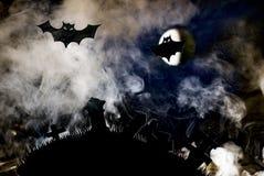 Летучие мыши на фоне луны, хеллоуина Стоковая Фотография RF