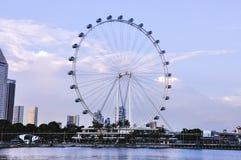 Летчик Сингапура на дневном времени Летчик Сингапура гигант Ferris катит внутри Сингапур стоковые изображения