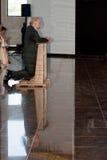 Лех Валенса, молитва. стоковая фотография
