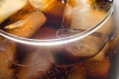 Лед в стекле кокса Стоковые Фото