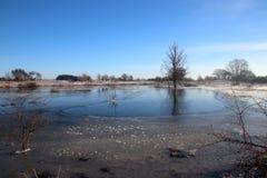 Ледистое озеро с много картин Стоковое Фото