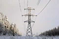 Ледистые провода на передающих линиях Стоковая Фотография