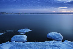 Лед на реке в зиме Стоковое фото RF