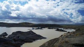 Ледниковое озеро Svinafelljokull стоковые изображения