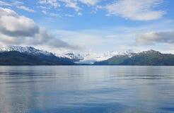 Ледник в Аляске отступая от моря Стоковые Изображения RF