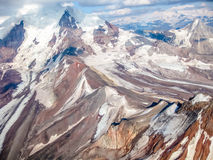 Ледник в Wrangell - национальном парке St Ильи, Аляске, увиденной от воздуха Стоковые Фото