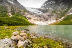 Ледник и озеро Boyabreen в Норвегии Стоковое Фото