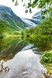Ледник и озеро Boyabreen в Норвегии Стоковое фото RF