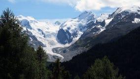 Ледник около верхней части пропуска Bernina (Graubunden, Швейцарии) Стоковое Изображение