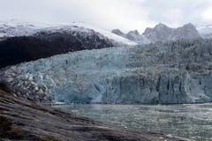 Ледник Pia на архипелаге Огненной Земли стоковые изображения rf