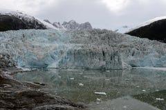 Ледник Pia на архипелаге Огненной Земли стоковые фотографии rf