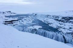 Ледовитый ландшафт водопада Gulfoss на Исландии стоковое изображение