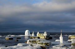 Лед покрыл столбы загородки Стоковое Изображение RF