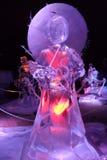 Ледяная скульптура Disney& x27; шарж s Mulan Стоковое фото RF