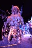 Ледяная скульптура Disney& x27; шарж s Tarzan Стоковое фото RF