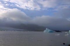 Ледяные поля на лагуне ледника Jokulsarlon озера Стоковое Изображение RF