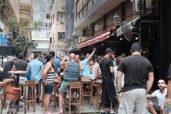 Ливанец partying в районе Hamra Бейрута стоковые фотографии rf