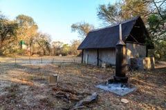 Ливень и туалет на располагаться лагерем в Африке Стоковое Изображение RF
