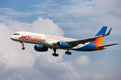 Ливрея Jet2 Боинга 757-200 Jet2holidays стоковое фото rf