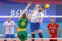 Лига Австралия наций волейбола FIVB против России Стоковое фото RF